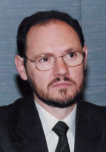 Catedrático de Economía Financiera y Contabilidad y Director del Departamento de Economía y Dirección de Empresas de la Universidad de Alcalá.